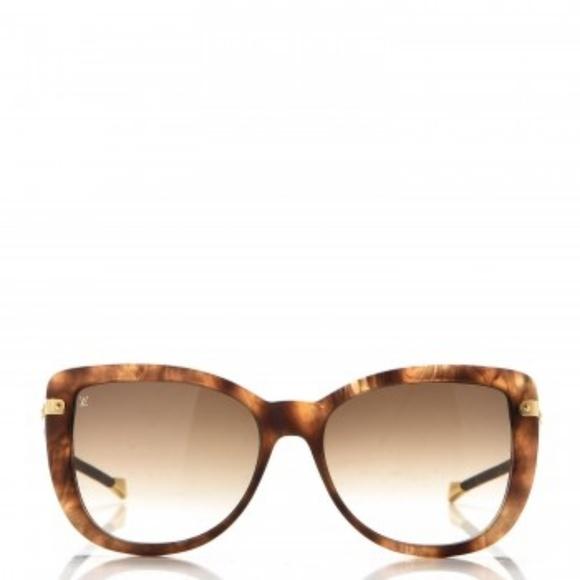 a1998091b0c4 Louis Vuitton Accessories - LOUIS VUITTON Monogram Charlotte Z0782W  Sunglasses